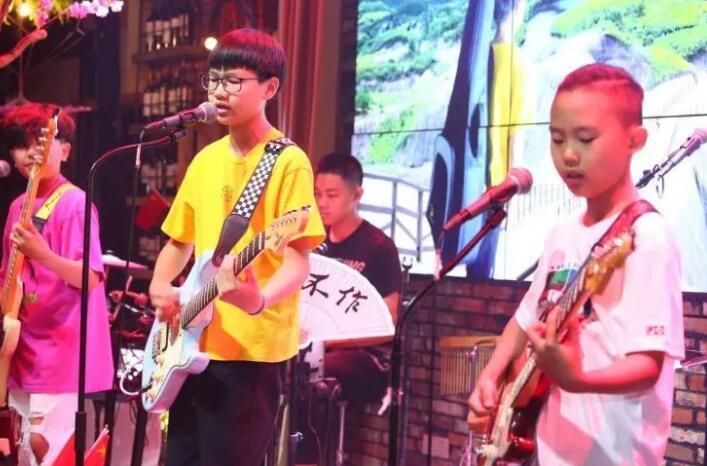【音乐热点】少年张杨原创新专辑《嘿,未来》,充满无限可能的未来